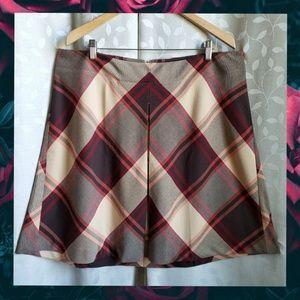 {Lane Bryant}Red Brown Plaid A Line Pleat Skirt 18